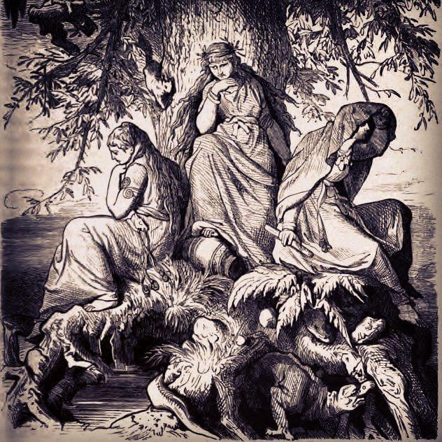 Die Nornen Urd, Werdanda und Skuld unter der Weltenesche Yggdrasil