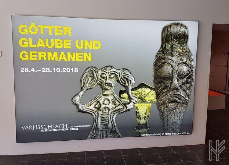 Veranstaltungsschild Götter, Glaube und Germanen