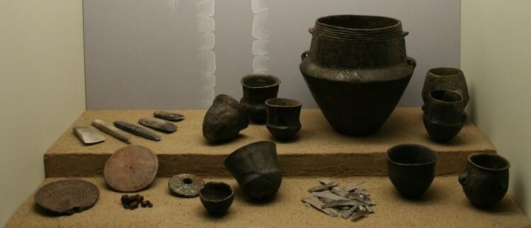 Funde aus dem Großsteingrab Denghoog